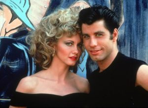 grease_travolta_newtonjohn